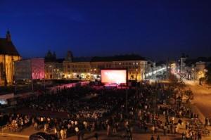 TIFF-2011-deschidere-Cluj-Piata-Unirii-proiectii